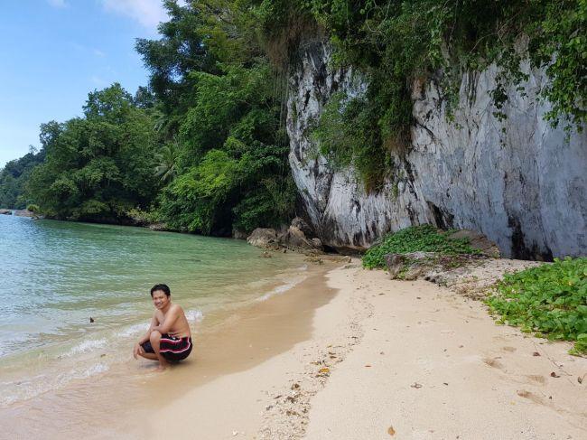Ora Beach 13.jpg